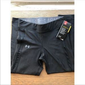 NWT Women's Under Armour Cool Switch Legging 🖤